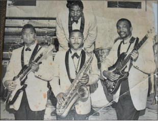 Music Pioneers: The 'Holmes Brothers'