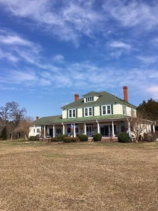 The History of Pipe-In-Tree in Hartfield, Virginia